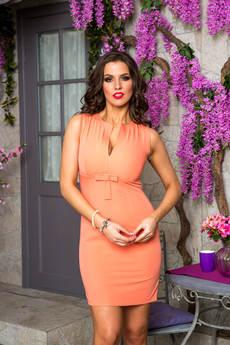 Платье с красивым декольте Angela Ricci