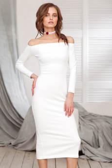 Белое платье с открытыми плечами RUXARA