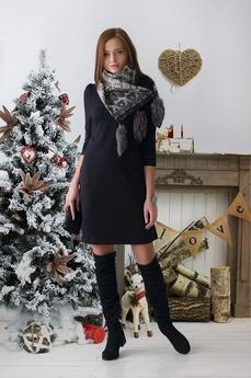 Новинка: черное платье футляр с рукавом Шарлиз